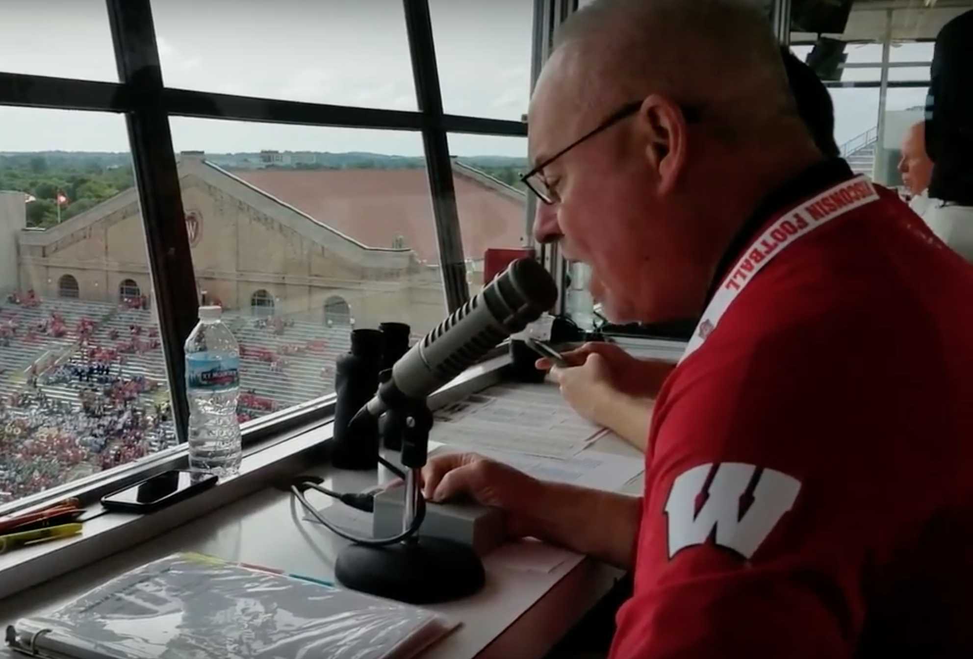 Mike Mahnke: The Faceless Face of Wisconsin Football